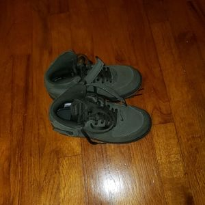 Nike Air Force 1's Size 3Y Forest Green